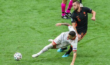 Дубль Вейналдума, гол Депая. Нидерланды уверенно выиграли и матч, и группу