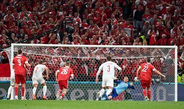 ВІДЕО. Росія з пенальті відіграла один гол в матчі з Данією