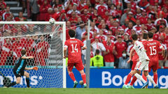 Одной победы хватило. Дания разгромила Россию и вышла в плей-офф