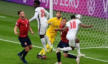 ВИДЕО. Стерлинг забил головой. Англия вышла вперед в игре с Чехией