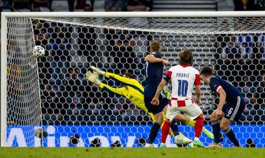 ВИДЕО. Модрич забил в девятку! Хорватия снова впереди в игре с Шотландией