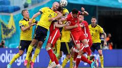 Синьо-жовта солідарність! Швеція в непростому матчі перемогла Польщу