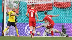 ВІДЕО. Дубль Левандовськи. Польща відіграла 2 м'ячі у Швеції, але програла
