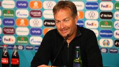 Тренер Данії: «У нас немає стартового складу»
