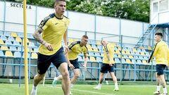 Вирушив до Києва лікувати травму. Захисник залишив збірну України
