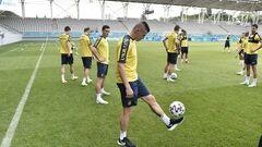 ФОТО. Мінус один гравець. Тренування збірної України в Бухаресті