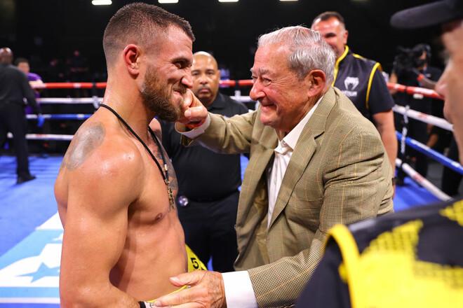 АРУМ: «Ломаченко довів, що він як і раніше один з найкращих бійців у світі»