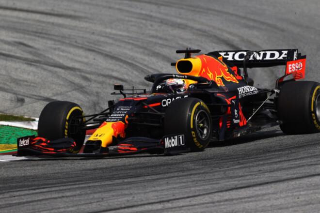 Ферстаппен выиграл гонку в Австрии. Макс без борьбы справился с Хэмилтоном