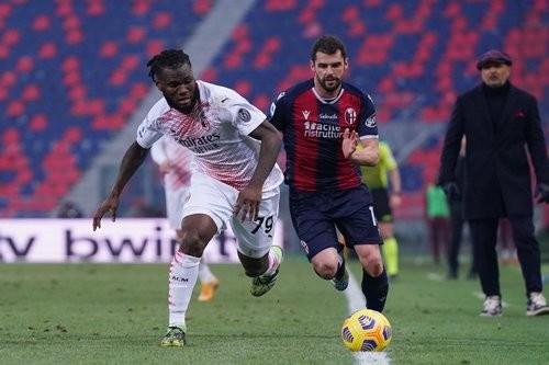Болонья – Милан – 1:2. Видео голов и обзор матча