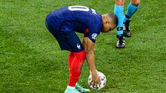 Александр ДЕНИСОВ: «Во время матча Франция – Швейцария я подумал про секс»