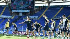 ФОТО. Збірна України прогулялася Римом перед матчем з Англією