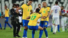 Бразилия в меньшинстве удержала победу над Чили и вышла в полуфинал