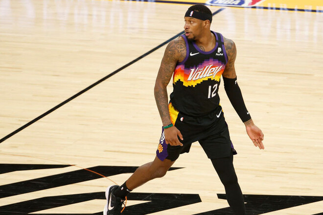 Игрок Финикса станет чемпионом НБА, даже если проиграет финал