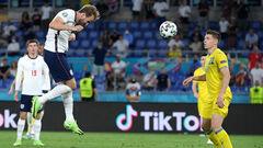 ТаТоТаке. Україна — Англія, чому Довбик не в Динамо, Футболи — палачі