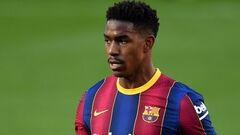 Лидс за 15 миллионов евро купит полузащитника Барселоны