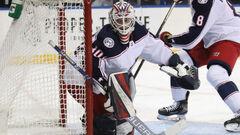 Попало фейерверком? Стали известны детали гибели вратаря Латвии и клуба НХЛ
