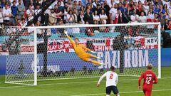 Дамсгор прервал рекордную сухую серию Пикфорда в сборной Англии