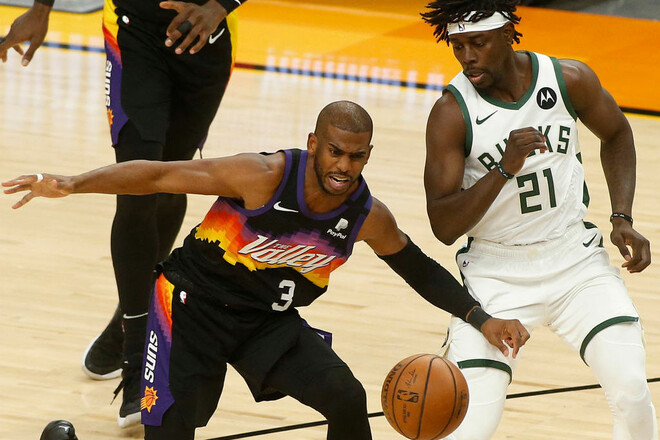 НБА. 42 очка Янниса не спасли Милуоки, Финикс удвоил преимущество в серии