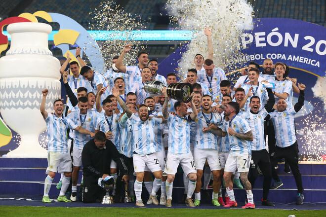Есть трофей у Месси! Аргентина переиграла Бразилию в финале Кубка Америки