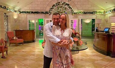 ФОТО. Шевченко мило привітав дружину із 17-річчям весілля