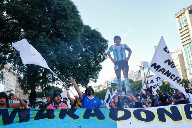 Італія і Аргентина планують провести матч пам'яті Марадони