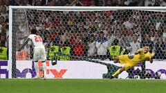 Англия регулярно тренировала пенальти. Сака был лучшим
