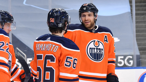ВИДЕО. Почти рекорд НХЛ. Как игрок Эдмонтона сделал 6 ассистов