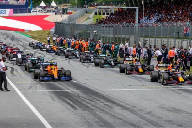 ФОТО. Новая эпоха. Формула-1 показала болиды на 2022 год и далее