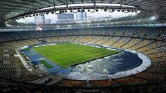ОФІЦІЙНО. В Україні дозволили заповнювати стадіони на 67%