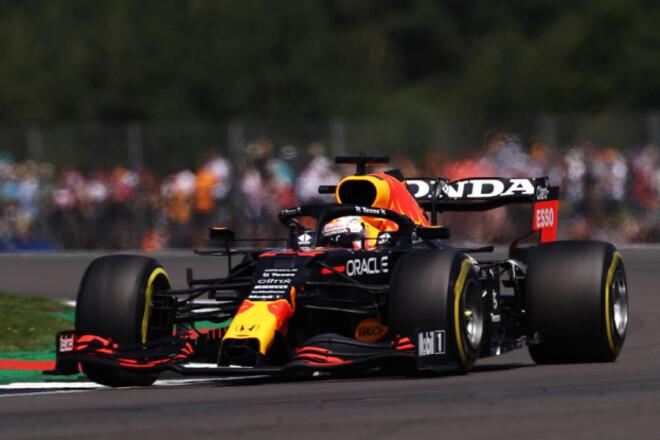 Ферстаппен быстрее Хэмилтона. Состоялся дебютный спринт Формулы-1