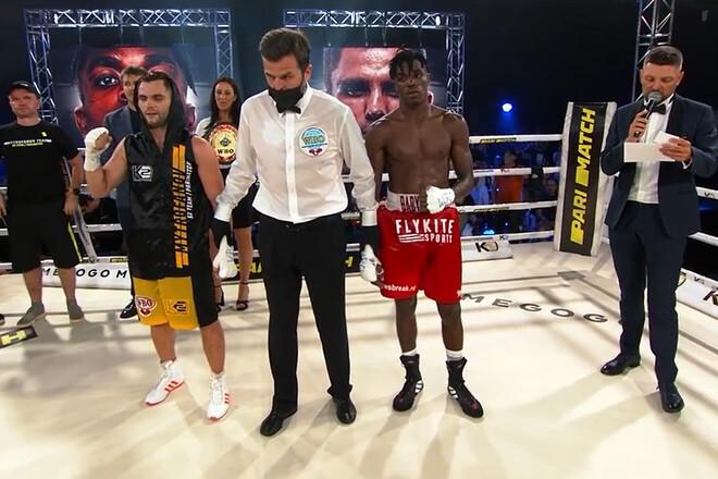 Митрофанов победил по очкам Бабатунде и защитил пояс WBO Oriental