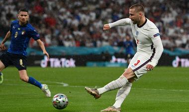 Защитник сборной Англии играл против Украины со сломанными ребрами