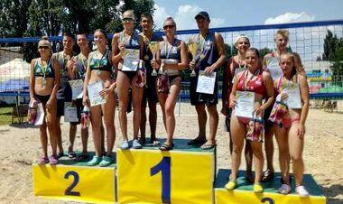 В Новой Каховке прошел чемпионат Украины по пляжному волейболу U-18