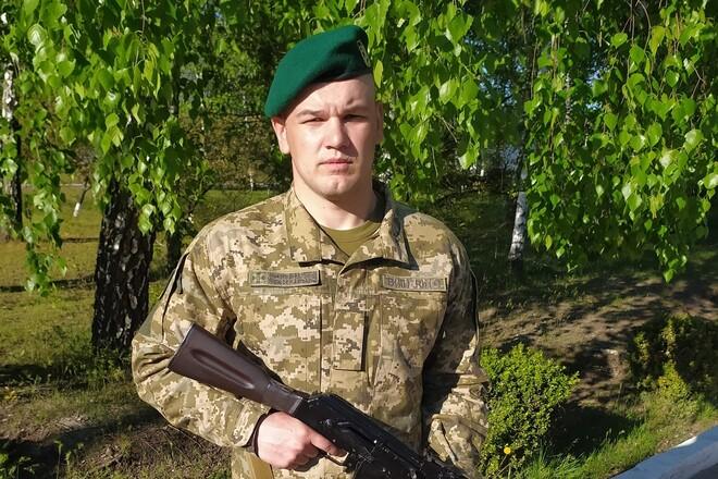 Борец, который бросал Усику вызов, стал военнослужащим пограничной службы