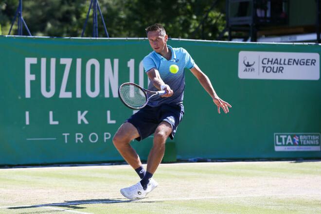 Стаховский вышел во второй круг турнира в Нур-Султане