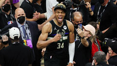 Він привів команду до титулу. Янніс Адетокунбо визнаний MVP фіналу НБА