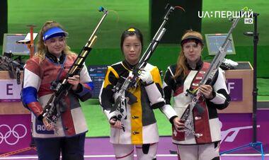 Первый комплект медалей ОИ. Россиянка упустила золото последним выстрелом