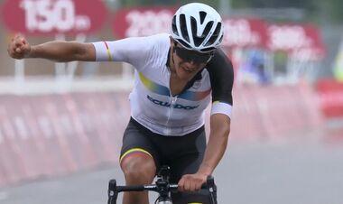 Велоспорт. Эквадорец Карапас – олимпийский чемпион в групповой гонке