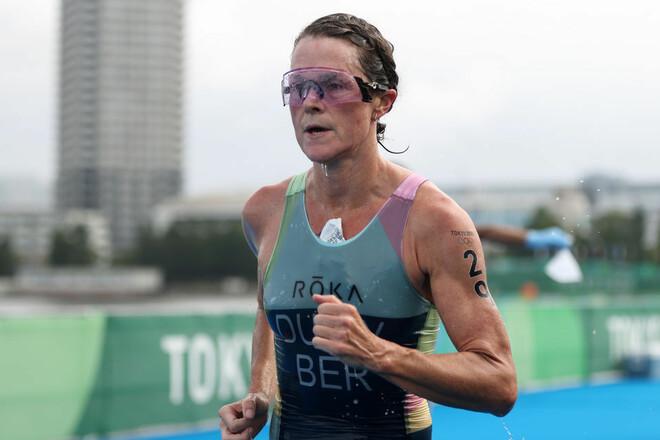 Первое золото в истории. Бермудская спортсменка – чемпионка в триатлоне