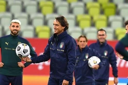 Наставник сборной Италии Манчини анонсировал свой уход
