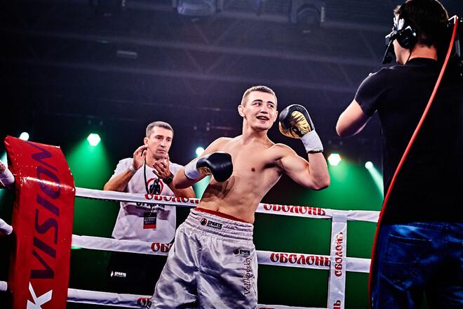 Украинец Великовский не смог победить мексиканца в бою за пояс WBC