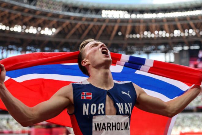 ВИДЕО. Невероятный рекордный забег на 400 метров с барьерами