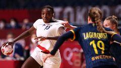 Стало известно, кто разыграет золото в женском гандбольном турнире