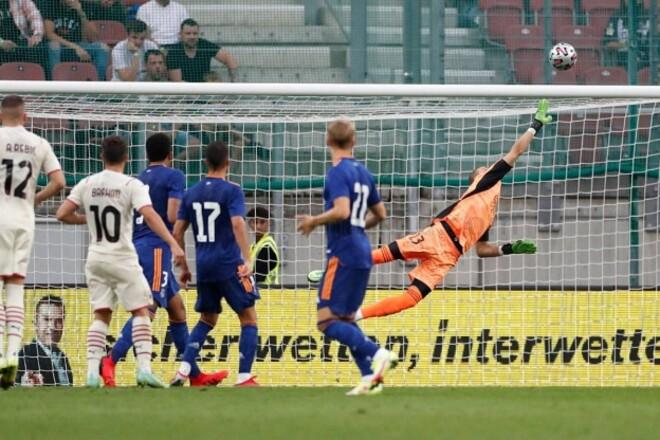 Не пропустил. Лунин отыграл тайм в матче Реала против Милана
