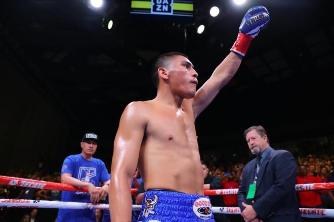 Вирджил Ортис в бою с пятью нокдаунами победил Каваляускаса