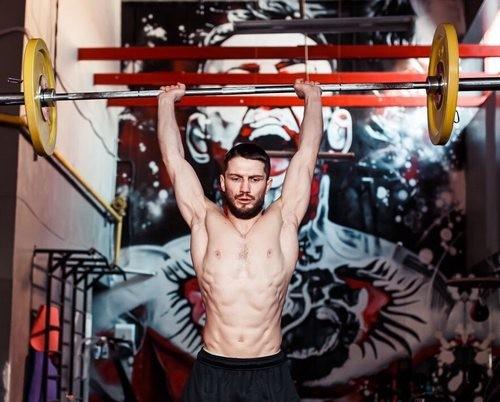 Дебют українського бійця в UFC перенесений