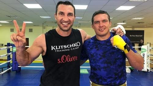 Усик рассказал, что его поразило в лагере Владимира Кличко