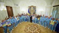 Як Володимир Зеленський з українськими медалістами Олімпіади зустрівся