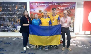 Зеленський привітав збірну України з шашок-64 з перемогою на ЧС-2021