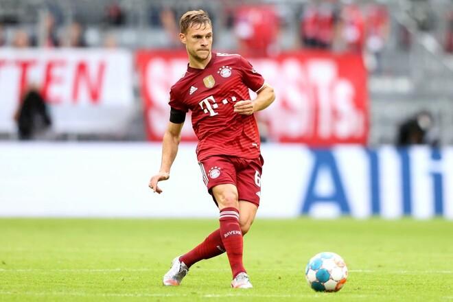 Бавария продлила контракт с Киммихом